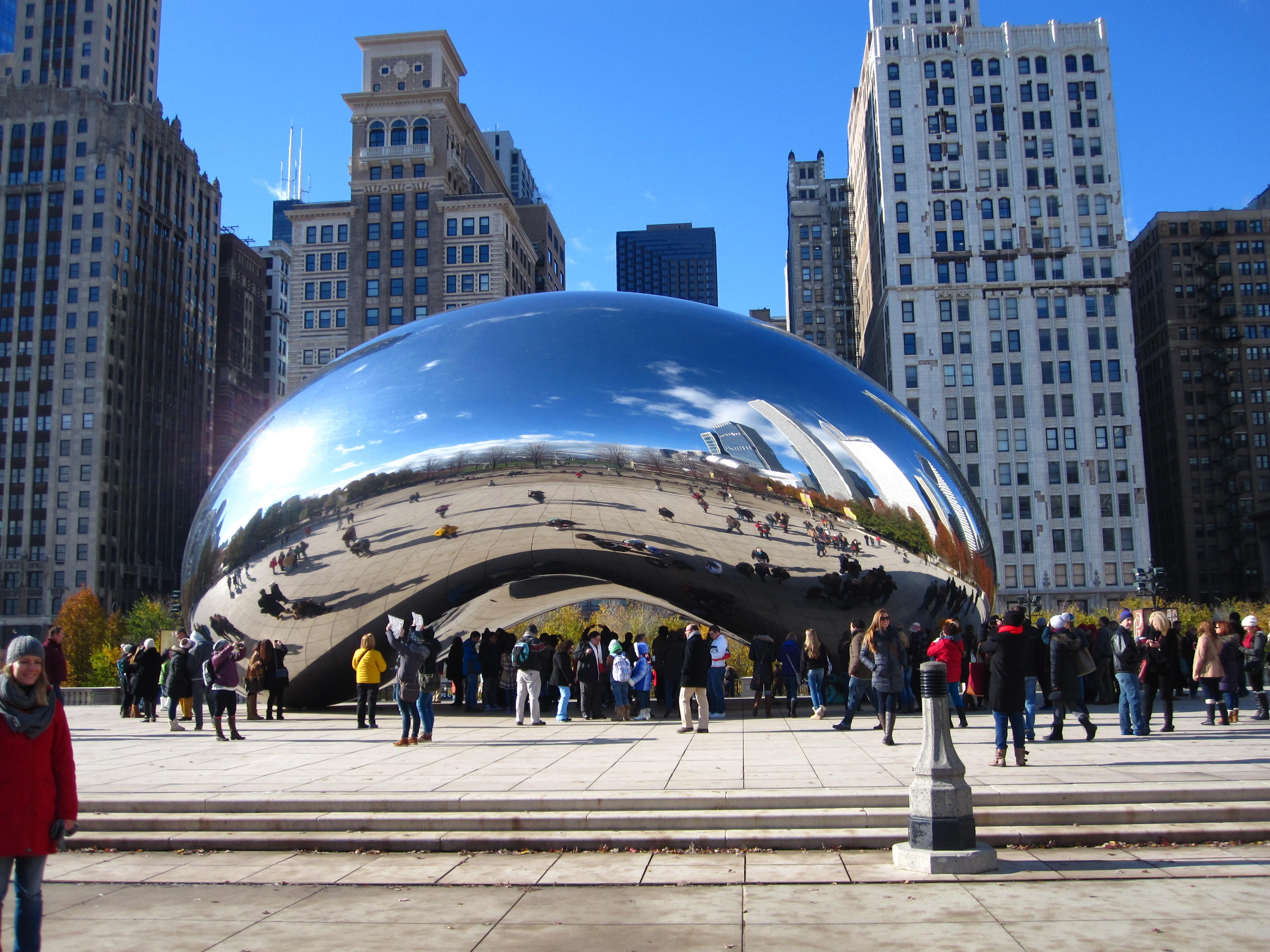 01_CHICAGO_ART_ANISH_KAPOOR_CLOUD_GATE