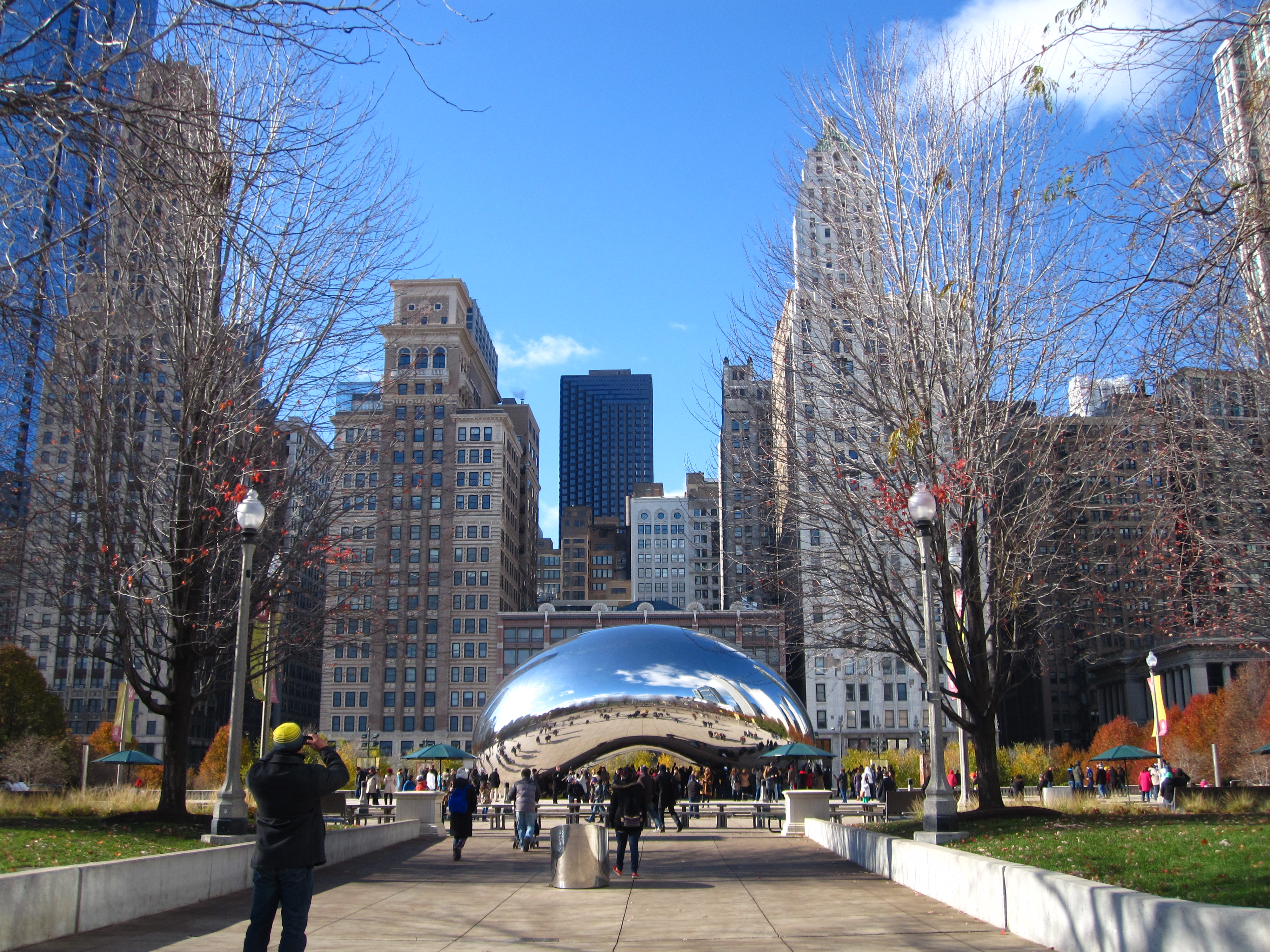 02_CHICAGO_ART_ANISH_KAPOOR_CLOUD_GATE